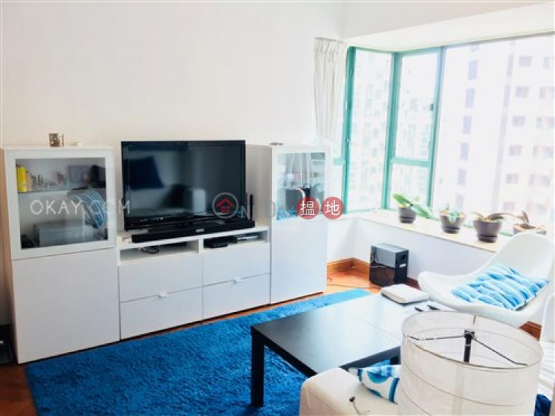 2房1廁,實用率高,極高層,星級會所《曉峰閣出售單位》18舊山頂道 | 中區香港|出售|HK$ 1,900萬