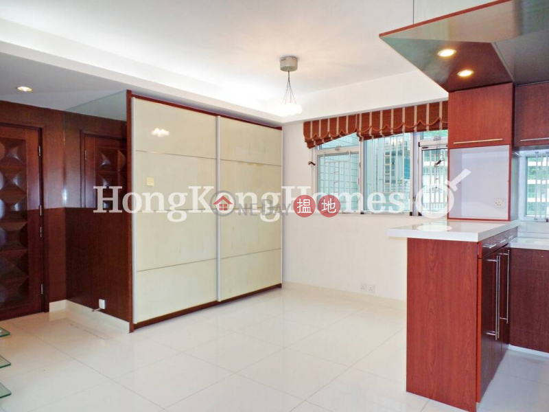 3 Bedroom Family Unit for Rent at Conduit Tower 20 Conduit Road   Western District, Hong Kong Rental   HK$ 30,000/ month