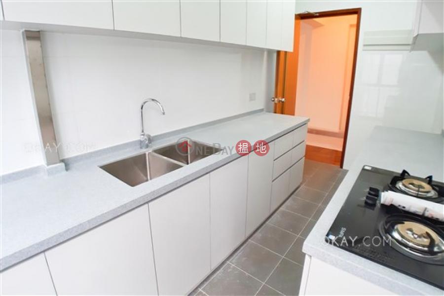 HK$ 55,000/ 月 安碧苑 灣仔區-3房2廁,極高層,連車位《安碧苑出租單位》