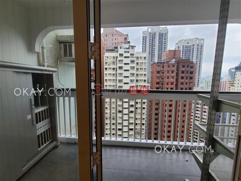 Unique 3 bedroom with balcony & parking | Rental | Block B Dragon Court 金龍大廈 B座 Rental Listings