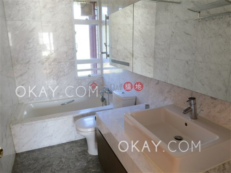 HK$ 82,000/ month Pacific View | Southern District | Lovely 4 bedroom on high floor with sea views & balcony | Rental