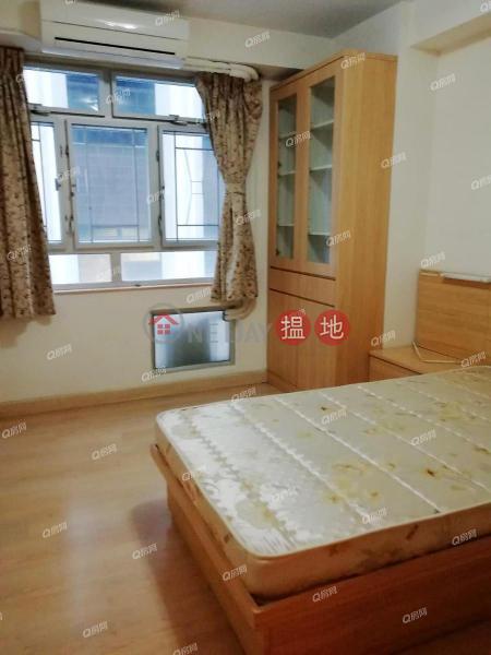 HK$ 43,000/ month, Block 4 Phoenix Court, Wan Chai District, Block 4 Phoenix Court | 3 bedroom Low Floor Flat for Rent
