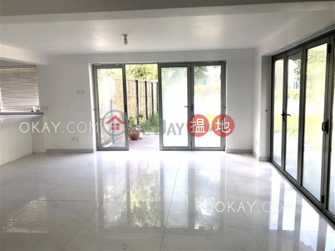 Stylish house with balcony & parking | For Sale|Mau Po Village(Mau Po Village)Sales Listings (OKAY-S377944)_0
