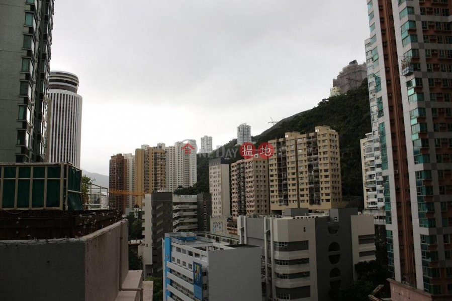 Flat for Rent in Low Block Vincent Mansion, Wan Chai, 7 Star Street | Wan Chai District, Hong Kong, Rental | HK$ 17,500/ month
