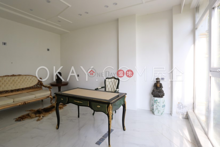 Beautiful house with balcony & parking   For Sale   30 Severn Road   Central District   Hong Kong Sales HK$ 450M