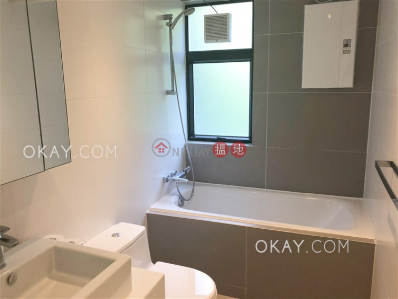 HK$ 70,000/ month | Grand Garden Southern District | Rare 3 bedroom with balcony & parking | Rental