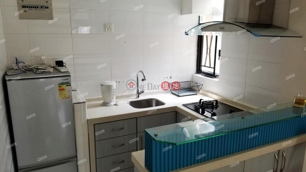 Comfort Centre   1 bedroom Low Floor Flat for Rent, 108 Old Main St Aberdeen   Southern District Hong Kong   Rental HK$ 18,500/ month