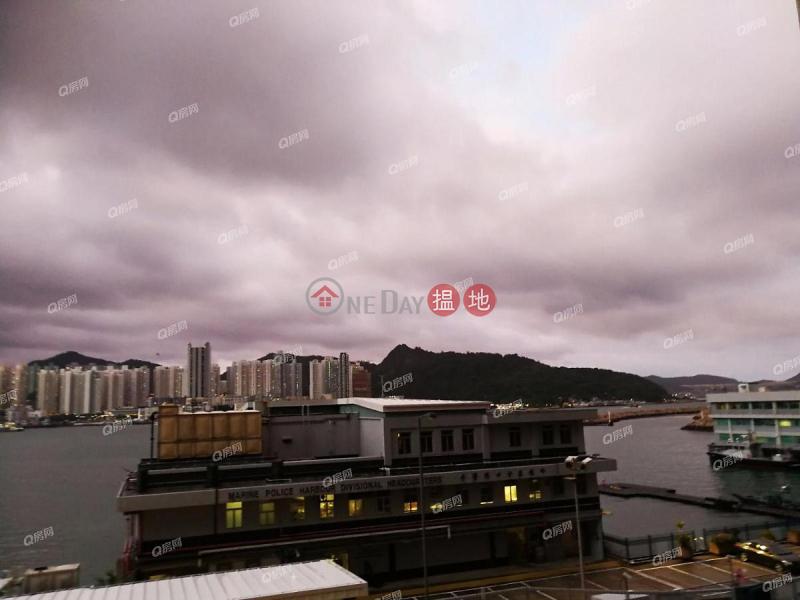 地標名廈,名牌發展商,極致海景,間隔實用,特大露台《逸華閣 (8座)買賣盤》|43鯉景道 | 東區-香港|出售|HK$ 1,700萬
