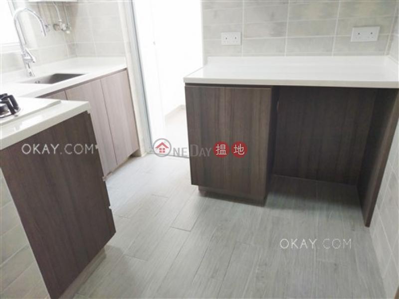HK$ 36,000/ 月華登大廈灣仔區-3房1廁,極高層華登大廈出租單位