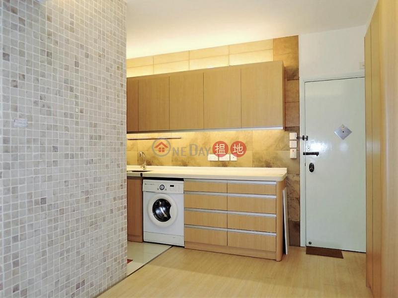 HK$ 6.68M On Hing Mansion , Wan Chai District Flat for Sale in On Hing Mansion , Wan Chai
