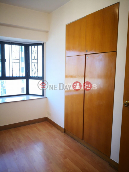 3 Bedroom Family Flat for Rent in Soho, Corona Tower 嘉景臺 Rental Listings | Central District (EVHK84627)