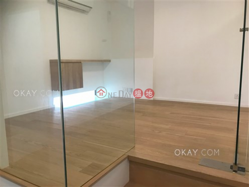 Lovely house with sea views | For Sale, Phase 1 Beach Village, 7 Seahorse Lane 碧濤1期海馬徑7號 Sales Listings | Lantau Island (OKAY-S59323)