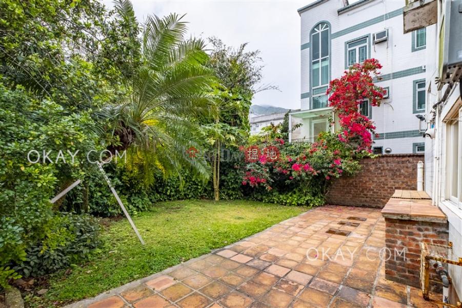 Popular house with rooftop, terrace & balcony | Rental | Tai Lam Wu 大藍湖 Rental Listings
