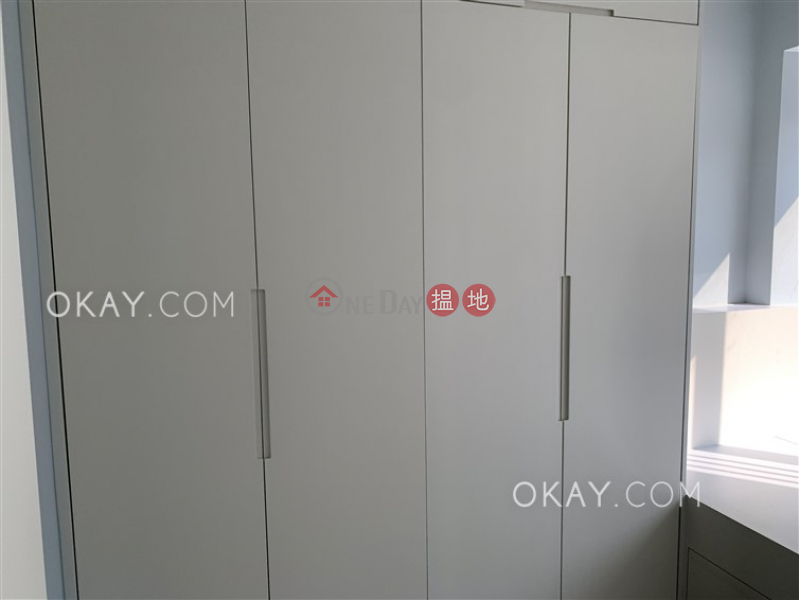 HK$ 28,000/ month Island Crest Tower 1 Western District Intimate 2 bedroom with balcony   Rental