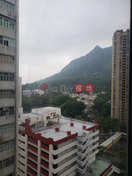 可倉可寫, 設有貨台, 有廁所2建發里 | 屯門-香港出租HK$ 13,000/ 月
