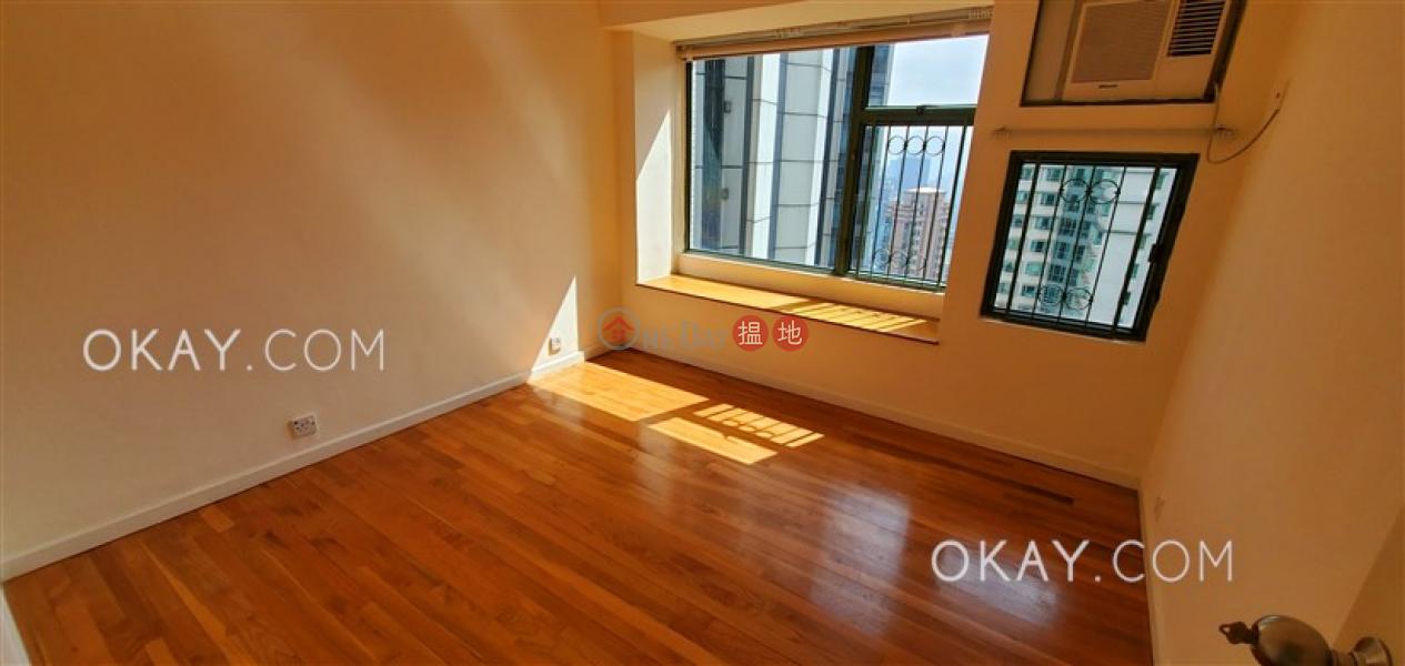 3房2廁,實用率高,極高層,星級會所雍景臺出售單位|雍景臺(Robinson Place)出售樓盤 (OKAY-S1356)