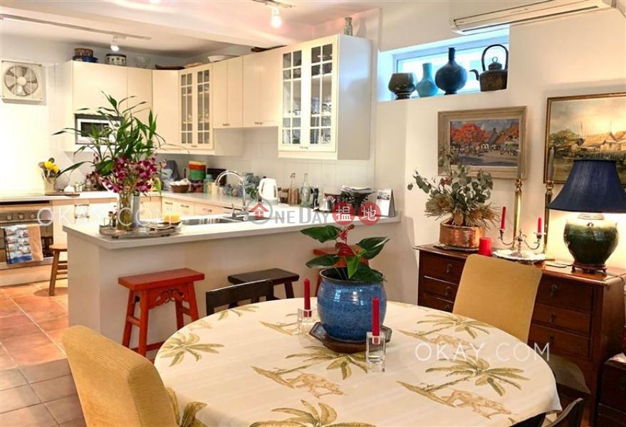 香港搵樓|租樓|二手盤|買樓| 搵地 | 住宅出售樓盤-4房3廁,連車位,露台,獨立屋鹹田新村出售單位