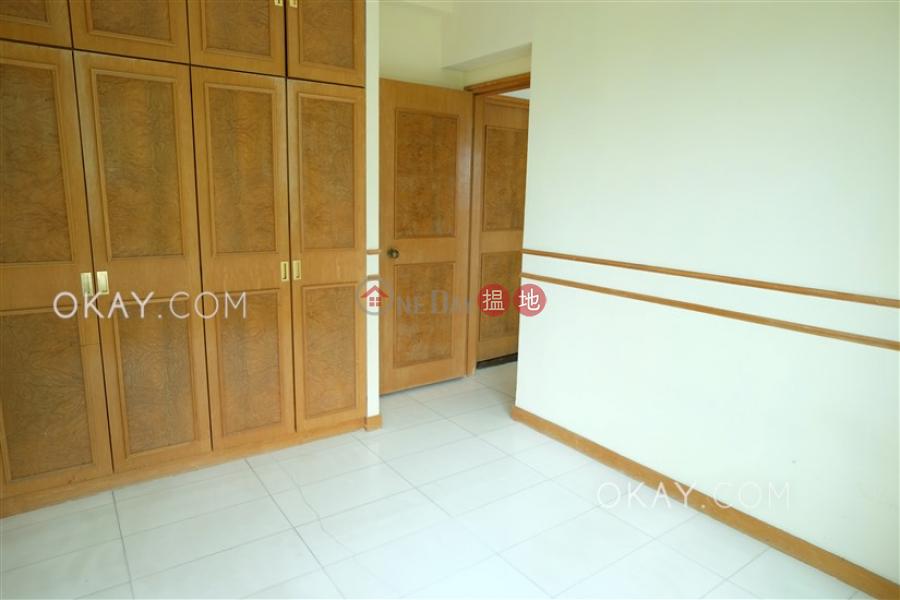 HK$ 30,000/ month, Hillsborough Court Central District, Tasteful 2 bedroom in Mid-levels Central | Rental