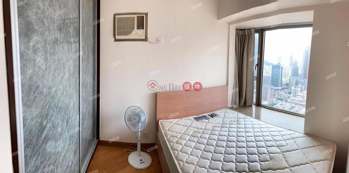 Tower 5 Harbour Green   2 bedroom Mid Floor Flat for Rent, 8 Hoi Fai Road   Yau Tsim Mong, Hong Kong Rental   HK$ 21,000/ month
