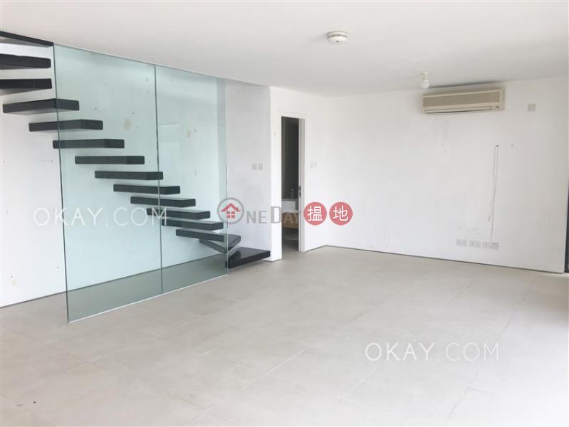 HK$ 55,000/ month, Siu Hang Hau Village House, Sai Kung | Popular house with sea views, rooftop & terrace | Rental