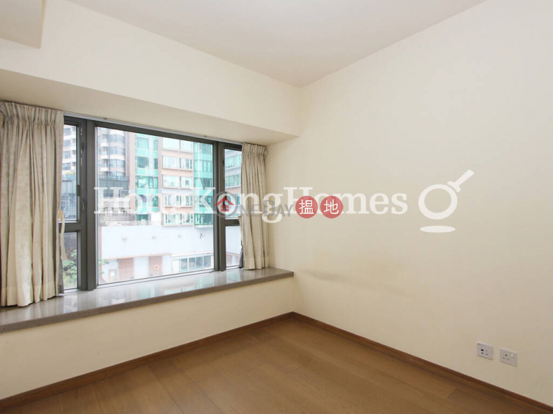 HK$ 32,000/ month | Centre Point, Central District | 3 Bedroom Family Unit for Rent at Centre Point