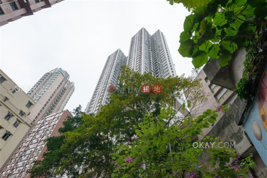 Rare 1 bedroom on high floor with rooftop | For Sale | Vantage Park 慧豪閣 Sales Listings