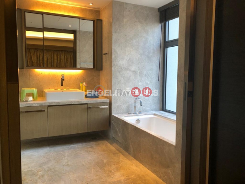 Property Search Hong Kong | OneDay | Residential | Sales Listings, 4 Bedroom Luxury Flat for Sale in Mid Levels West