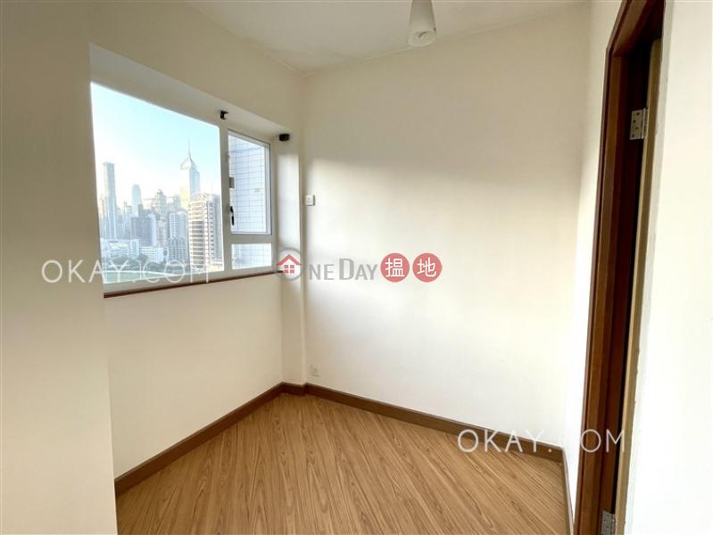 HK$ 28,000/ 月 駿馬閣 灣仔區1房1廁,馬場景《駿馬閣出租單位》