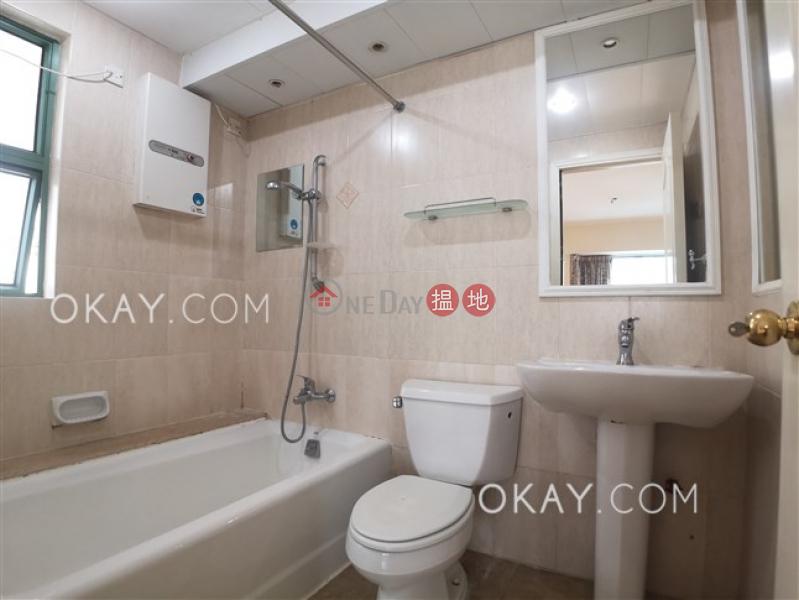 3房2廁,實用率高,星級會所,連租約發售《雍景臺出租單位》70羅便臣道   西區-香港出租HK$ 47,000/ 月