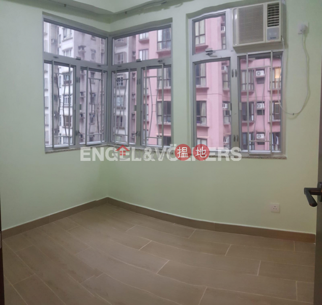 HK$ 20,000/ month | 77-79 Caine Road Central District 2 Bedroom Flat for Rent in Soho