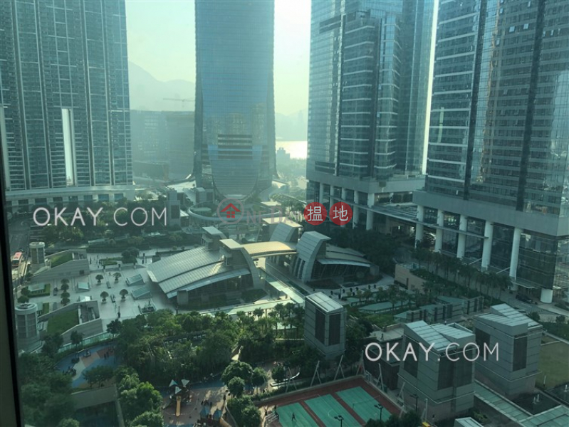 Lovely 2 bedroom in Kowloon Station | Rental | Sorrento Phase 1 Block 5 擎天半島1期5座 Rental Listings