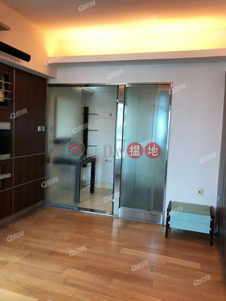 Property Search Hong Kong | OneDay | Residential, Rental Listings Y.I | 2 bedroom High Floor Flat for Rent