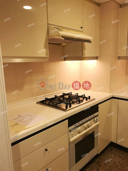 Convention Plaza Apartments | 2 bedroom Mid Floor Flat for Sale, 1 Harbour Road | Wan Chai District Hong Kong | Sales, HK$ 33.7M
