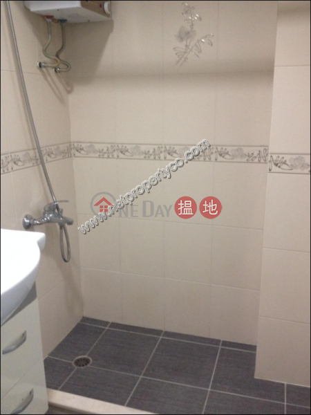 HK$ 16,800/ month Siu Yee Building, Western District Studio office/Home office in Kennedy Town
