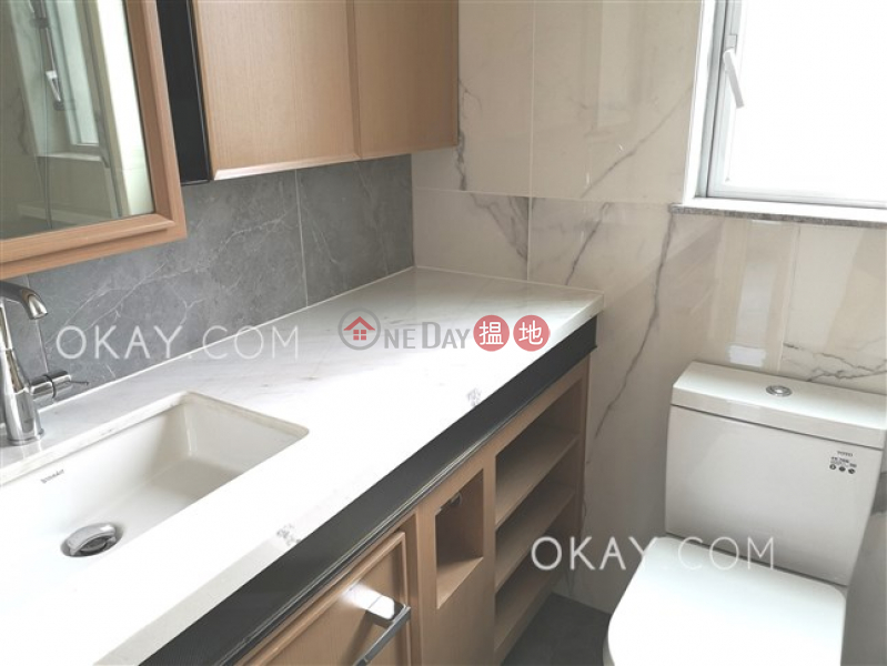Rare 2 bedroom with balcony | Rental, 8 Hing Hon Road | Western District, Hong Kong, Rental | HK$ 43,300/ month