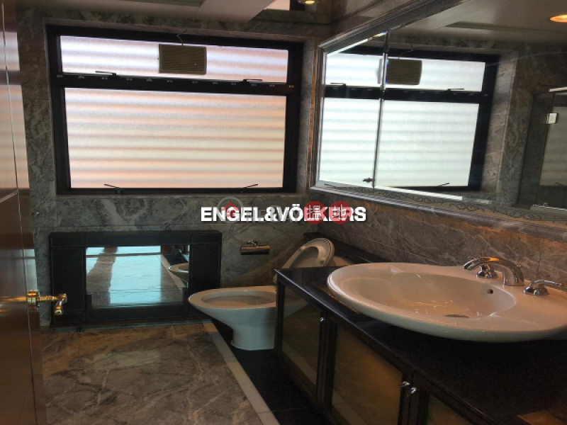 HK$ 108,000/ month The Arch Yau Tsim Mong 4 Bedroom Luxury Flat for Rent in West Kowloon