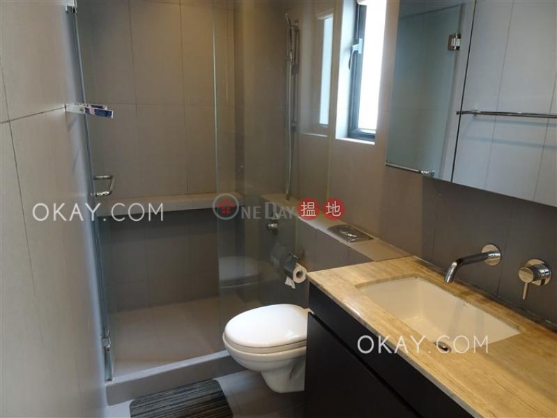 Tasteful 1 bedroom in Sheung Wan | For Sale | 32 Tung Street 東街32號 Sales Listings