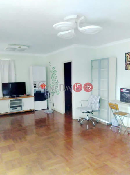With Rooftop, parking space included, two bedrooms | Lo Tsz Tin Tsuen 蘆慈田村 Rental Listings
