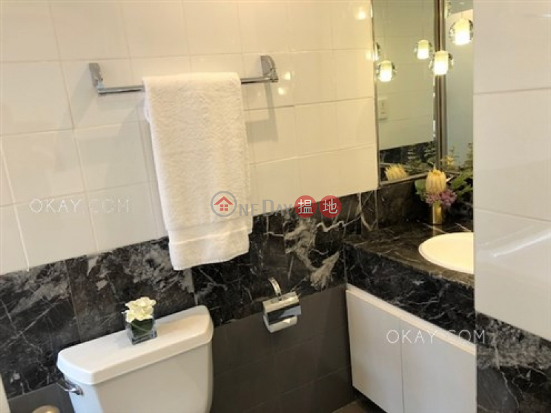 Gorgeous 2 bedroom on high floor with balcony & parking | Rental 9 Old Peak Road | Central District, Hong Kong, Rental HK$ 131,500/ month