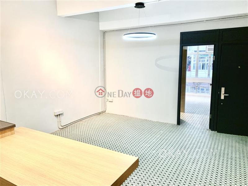 1房1廁,極高層,露台《電氣道102號出售單位》102電氣道   灣仔區-香港出售 HK$ 1,250萬