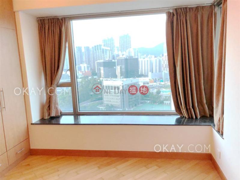 Tasteful 3 bedroom with harbour views | Rental | Sorrento Phase 2 Block 2 擎天半島2期2座 Rental Listings