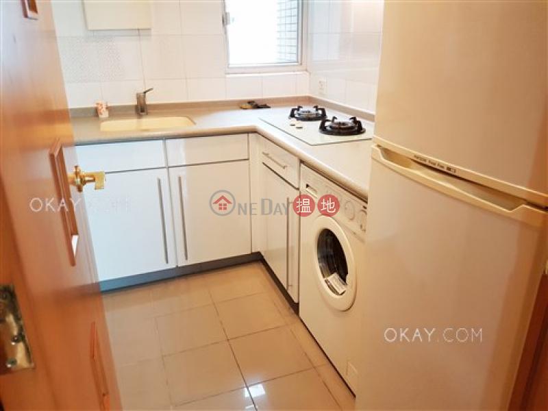 Practical 2 bedroom on high floor with balcony | Rental | Talon Tower 達隆名居 Rental Listings