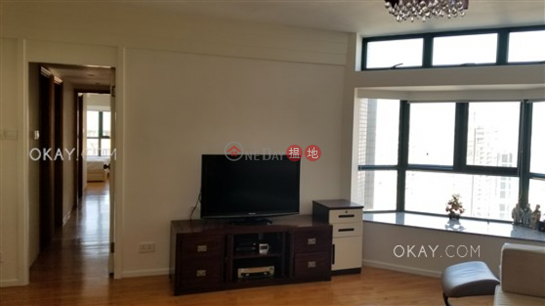 Lovely 2 bedroom on high floor with parking | For Sale | Valverde 蔚皇居 Sales Listings