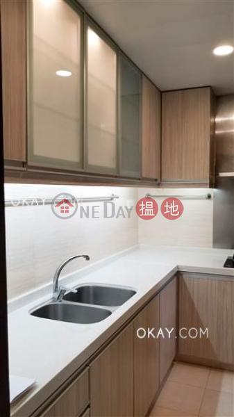 香港搵樓|租樓|二手盤|買樓| 搵地 | 住宅出租樓盤3房2廁,實用率高,可養寵物,露台《蔚雲閣出租單位》