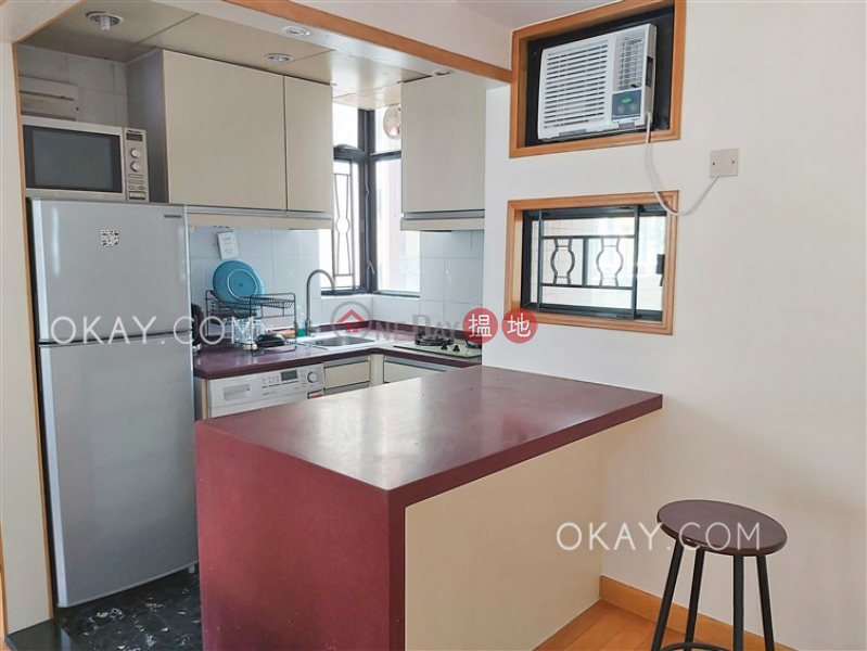 Caine Tower | Middle Residential, Rental Listings, HK$ 25,000/ month