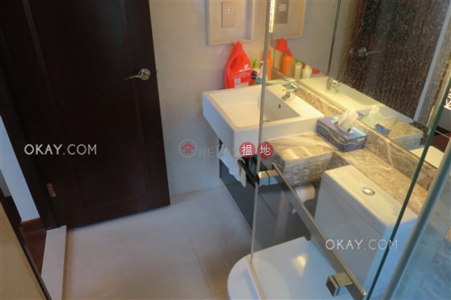 HK$ 32,000/ month The Avenue Tower 2 Wan Chai District | Nicely kept 1 bedroom with balcony | Rental