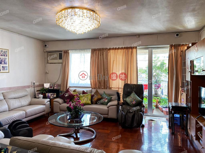 Pearl Gardens   3 bedroom Mid Floor Flat for Sale   Pearl Gardens 明珠台 Sales Listings