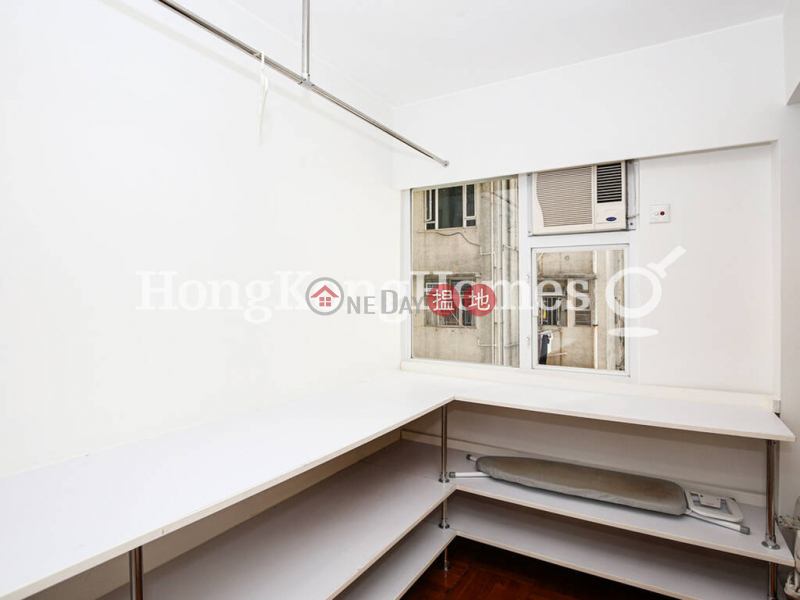 HK$ 18M, Grand Court, Western District   2 Bedroom Unit at Grand Court   For Sale