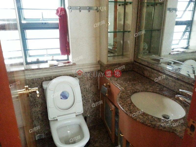 鄰近地鐵,景觀開揚《東港城 2座買賣盤》8重華路 | 西貢香港|出售|HK$ 750萬