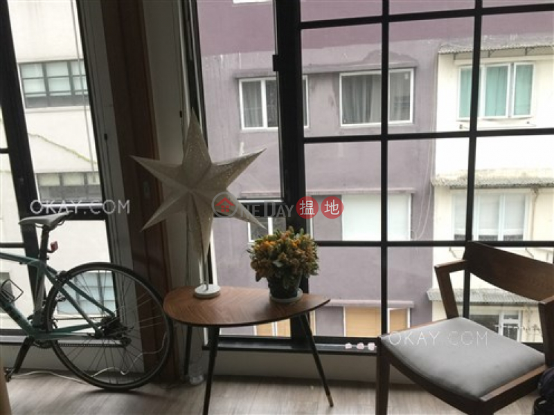 Generous 1 bedroom on high floor with rooftop | For Sale | 44-46 Sai Street 西街44-46號 Sales Listings